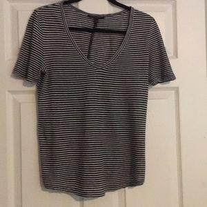 Short sleeve striped tee